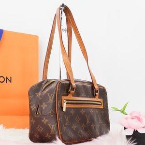 💎✨AUTHENTIC✨💎 Shoulder bag